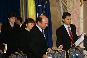 1347977316Kovesi Laura,Morar Daniel Marius.Macovei,Basescu_MR (3)