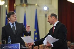 Dezbaterea electorala organizata inainte de alegerile prezidentiale, la Palatul Parlamentului din Bucuresti