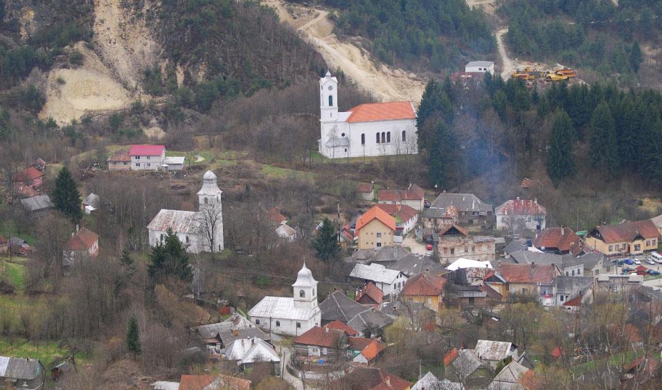 142061_biserici-rosia-montana