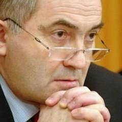 Lazar-Comanescu-va-face-o-vizita-oficiala-la-Chisinau