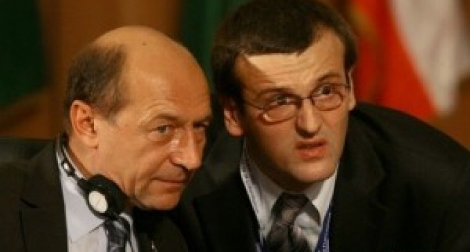 Traian-Basescu-hidrocefalul-Cristian-Preda