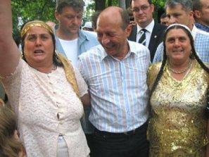 Revista_presei_Basescu_Nu_romi_c.355575