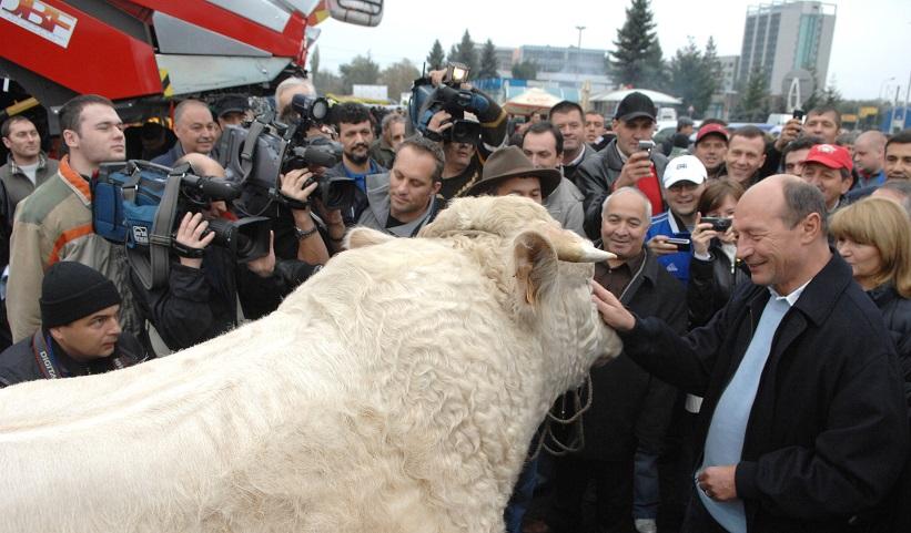 Basescu in dialog cu electoratul sau