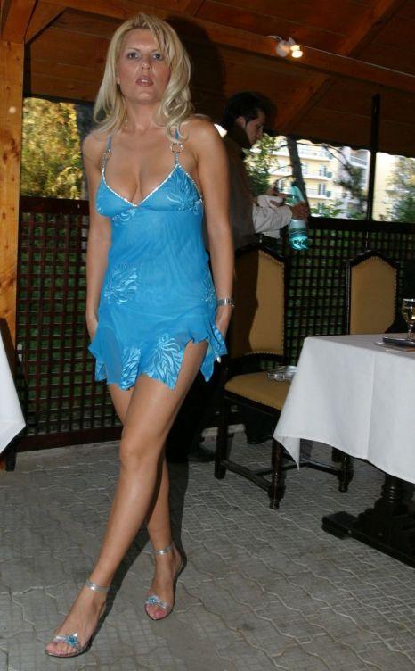 elena-udrea rochie batista