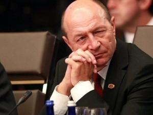 Traian-Băsescu suparat foc