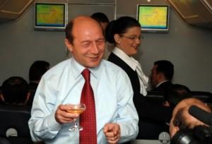 Traian-Băsescu-pahar